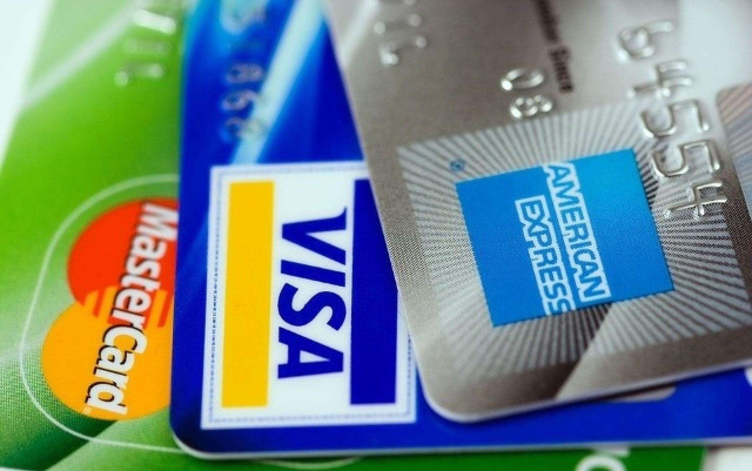 ASPEC: debería suspenderse pago de membresía de tarjetas de crédito