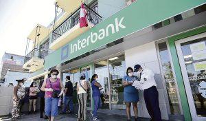 Reprogramación de deudas a menores tasas lleva un mes de retraso