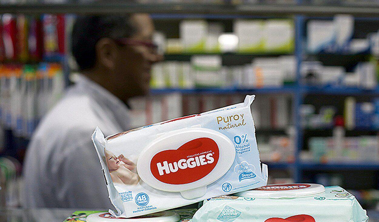 Kimberly Clark alertó presencia de bacteria en lotes de toallitas húmedas Huggies