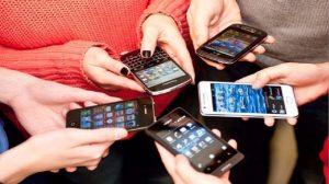 Congreso aprueba ley para que clientes den de baja contratos de telefonía, internet y televisión por cable a través de WhatsApp