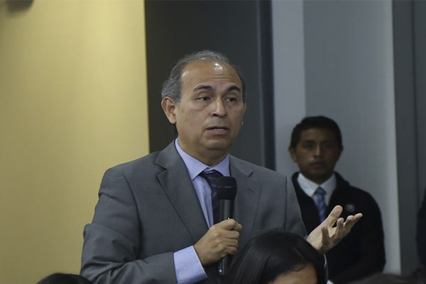 Crisólogo Cáceres: «Hay grandes monopolios y oligopolios en el mercado»